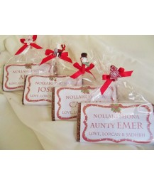 Christmas Red Frame Personalized Chocolate Bar